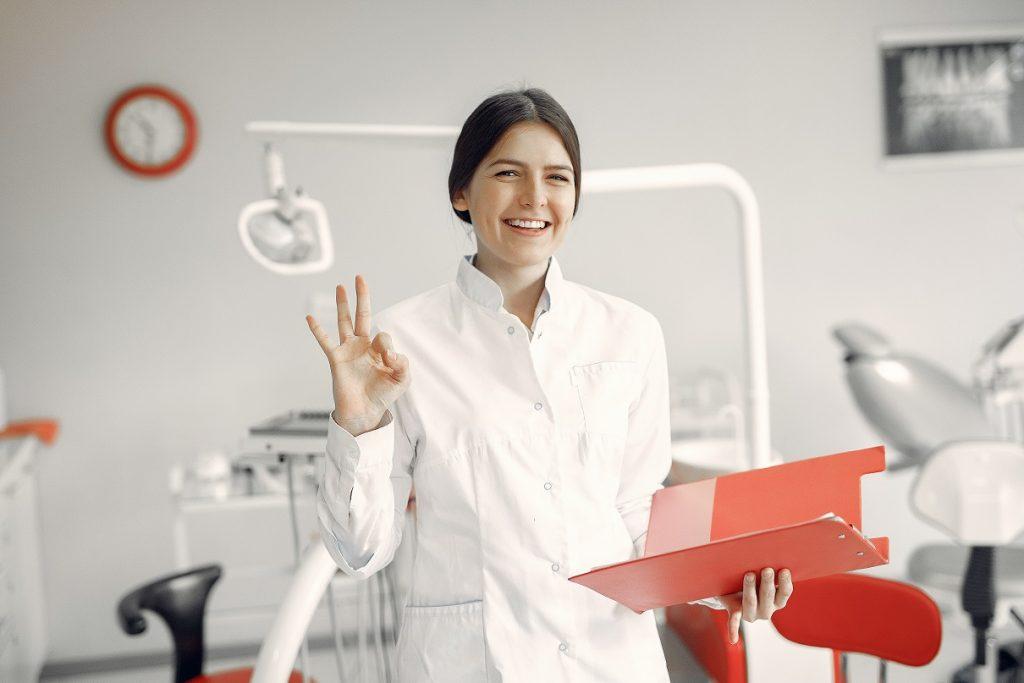 i vantaggi del laser dentale per la clinica odontoiatrica